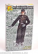 MC16005 1/16  W.W.II German Wehrmacht Panzer Crew (Commander)[Multi-Pose for LUCHS, TIGER, Panzer IV